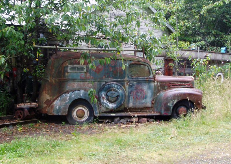 Old-Panel-Truck-Hood-Canal